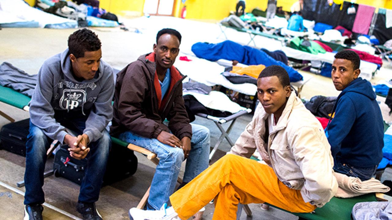 Flüchtlingen In Hamburg Helfen